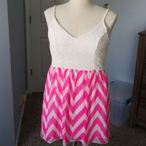 Dresses & Skirts - Pink and Cream Chevron Dress